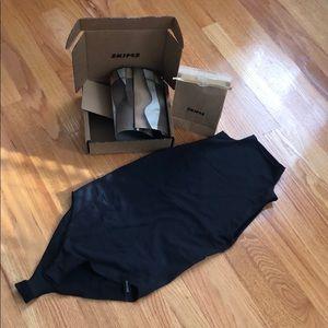 SKIMS black mock neck bodysuit size S/M NEW!!
